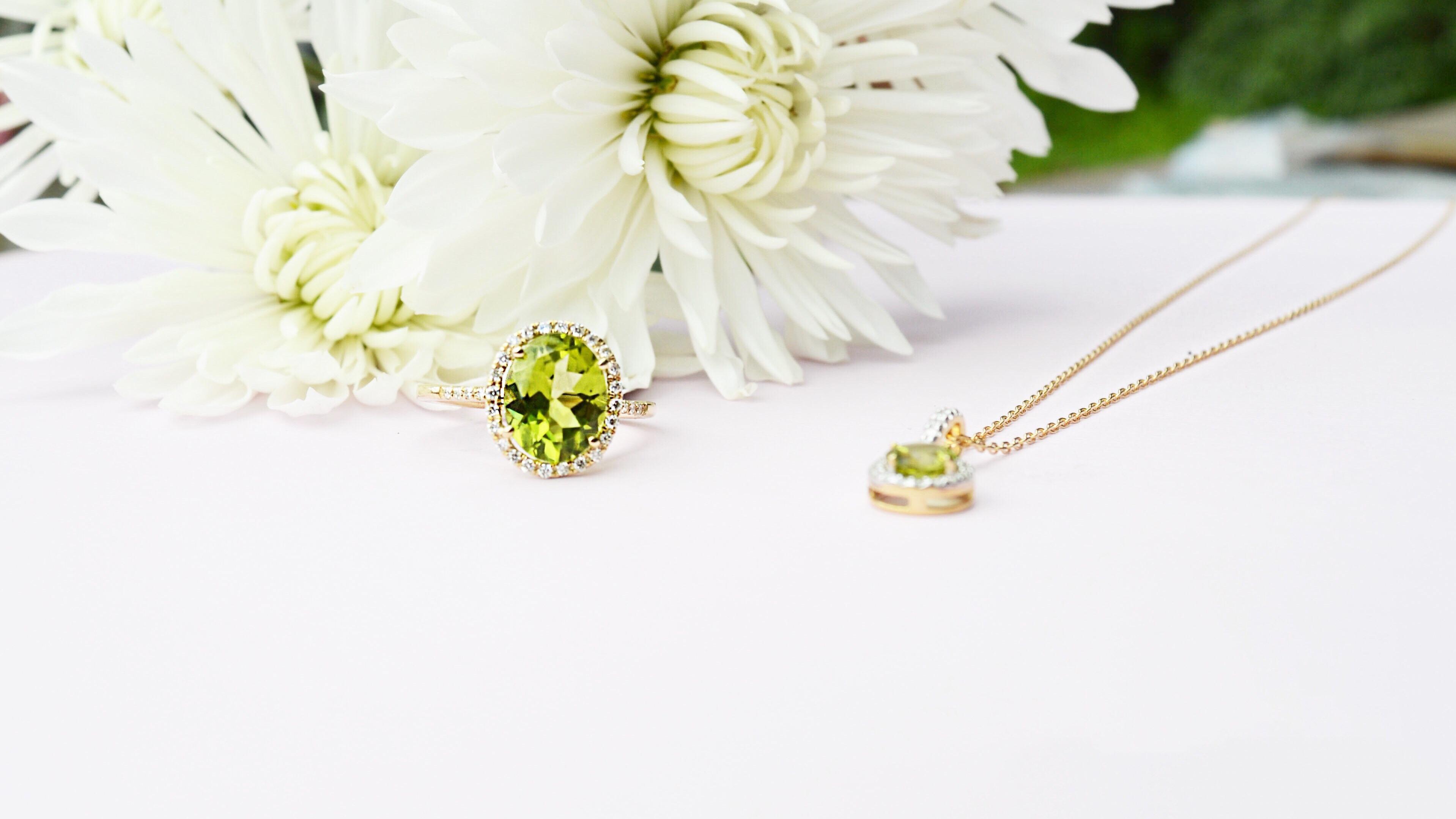 gold-diamond-peridot-ring-michaelsjewelers