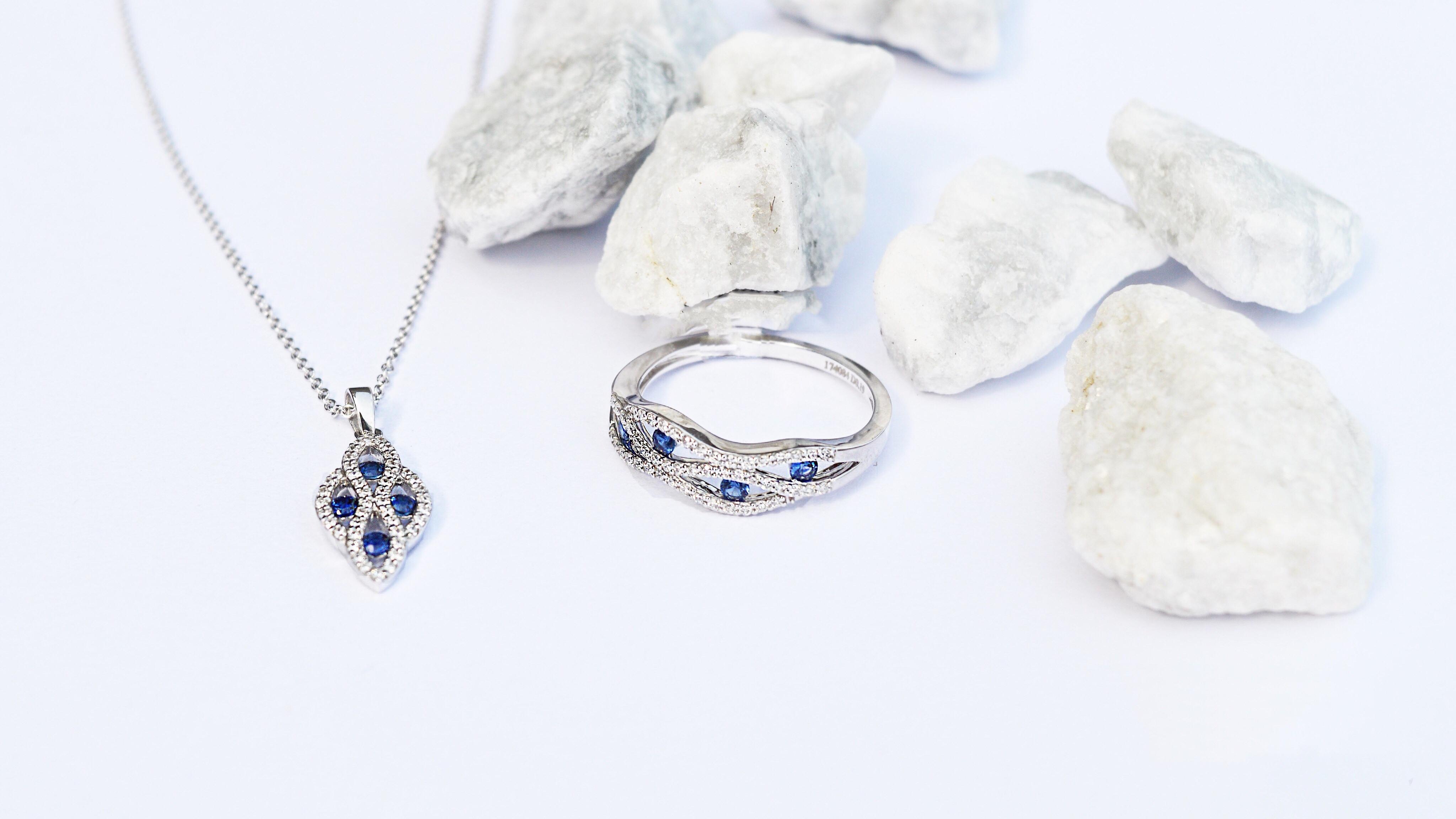 Sapphire-Diamond-Necklace-Ring